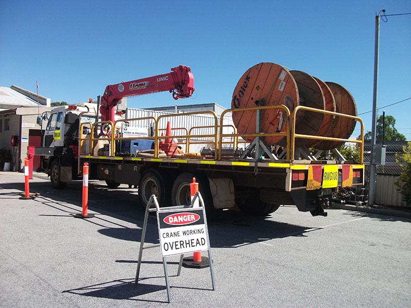 Vehicle-Loading-Crane